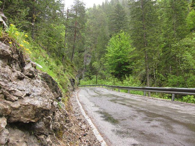 Einspuriger Abschnitt in Nordostanfahrt zur Windischen Höhe.