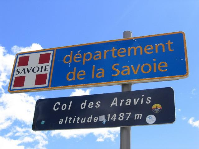 Passschild am Aravis.