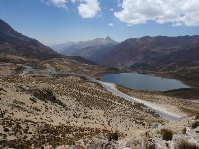 Westliche Seite mit der Abfahrt Richtung Lima.