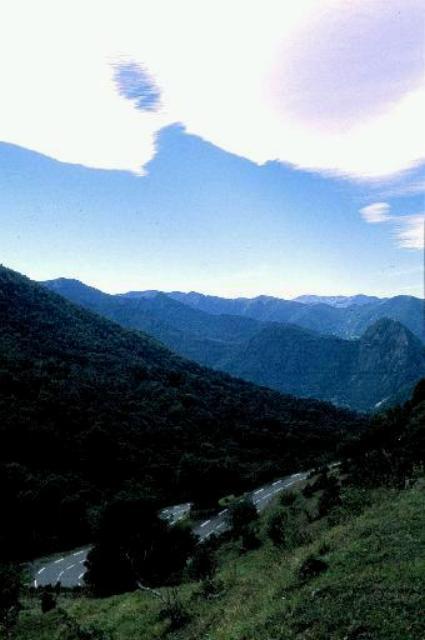 Die Serpentinenauffahrt des Col de Mente aus Richtung St Beat.Hans Dietmar Jäger