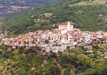 NORDRAMPE - La Bollene Vesubie, ein vertr�umtes Dorf an der Westauffahrt zum Col de TuriniSommertour 2000