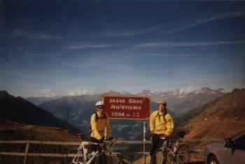 Tobi und Jan am JaufenpassItalien 1999