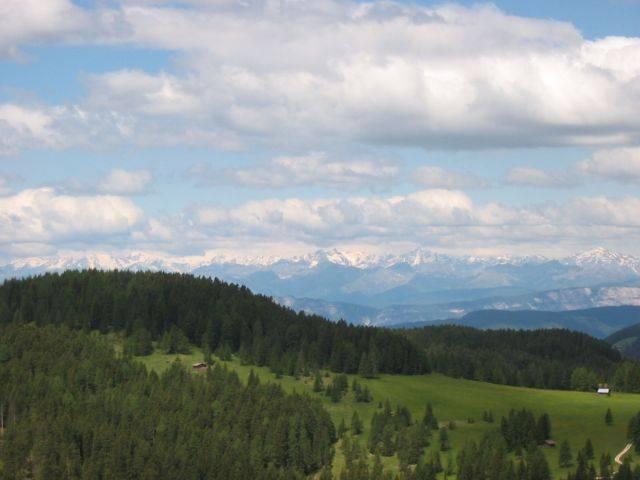 Juni 2005: Aussicht vom Joch