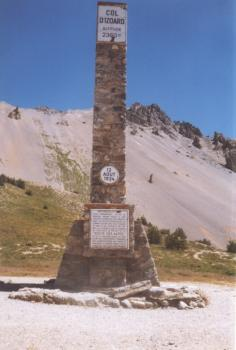 Obelisk am Col d