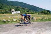 Topsi und Tobi am Col de Garavel.Tag 1 Sommertour Pyrenäen 2002