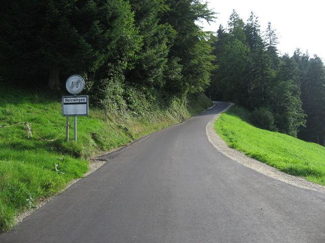 Dorfausfahrt Romoos, jetzt folgt das strengste Stück.