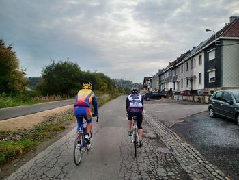 Auf dem Weg zur Vieille Route de Saint-Vith (während des [[1. quäldich.de-Oktober-Wochenendes in den Ardennen|touren|ein-oktober-wochenende-in-den-ardennen]])