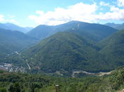 Chioula von Ax les Thermes. Blick zur Auffahrt nach Bonascre