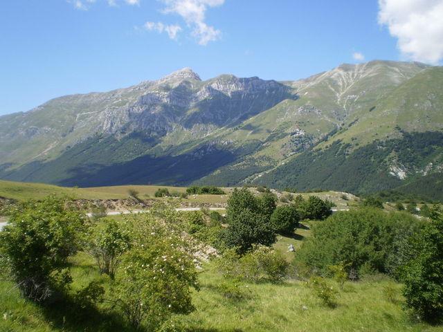 Die Berge oberhalb von Assergi (Monte Ienca, Monte Portella etc.).