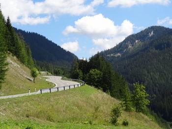 Anfahrt von Wegscheid: Straßenverlauf nach Kehre 2 Richtung Passhöhe