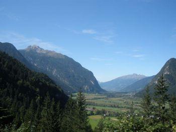 Ausblick Richtung Lienzer Dolomiten und Schobergruppe.