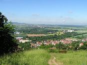Der Blick hinunter nach Zeil und den Steigerwald