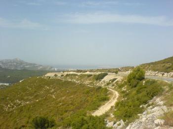 Blick vom Col de la Gineste auf die Bucht von Marseille.