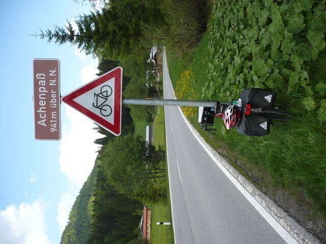Schild Achenpass - sonst nichts Sehenswertes