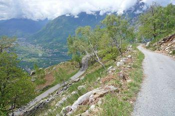 00 Alpe Coipo, wunderbare Kehren mit großartiger Aussicht, 16.05.09.