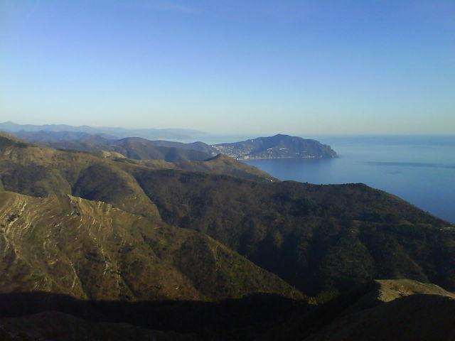 Blick auf Portofino bei idealen Bedingungen.