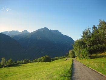 03 Blick auf die hohen Berge s�dlich des Val Pontirone.