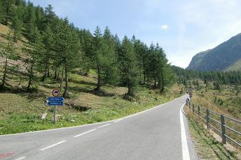 hier zweigt der Lombarde ab die Hauptroute f�hrt zum