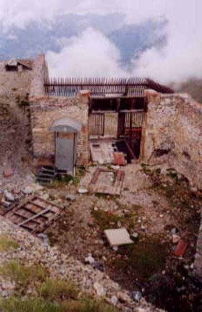 Fort de Tournoux oberhalb Lerche