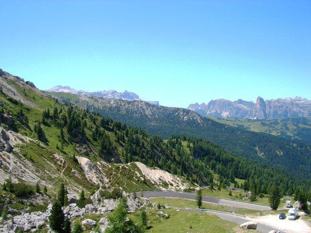 Valparola -Blick zurück über das Gadertal.
