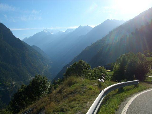 Blick von der Moosalpstraße ins Tal.