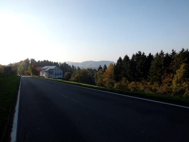 herbstliches Odenwaldpanorama mit Kohlhof