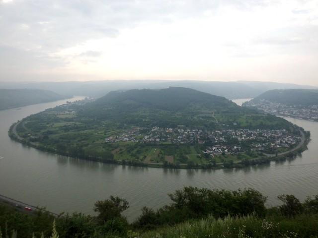 die ganze Pracht des Bopparder Hamms, der größten Rheinschleife