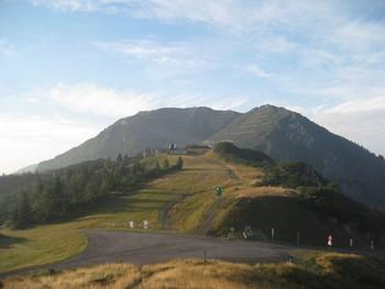 Fr�hmorgenstimmung. Im Hintergrund: Monte Arvenis (2012)