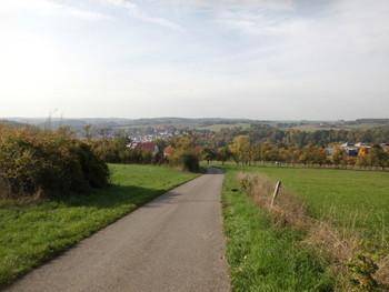 Blick auf Sennfeld von der steilen Nordrampe
