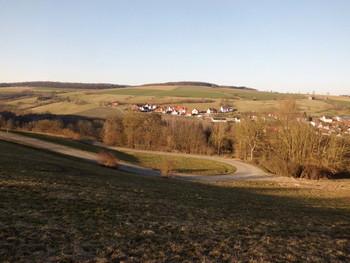 wundervoller Kehrenblick von der Straße zum Bühlhof