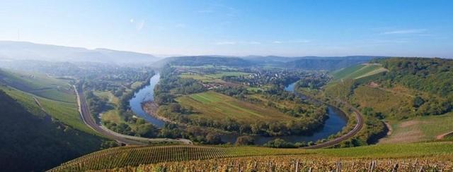 Wiltinger Saarbogen 2048px-panorama.