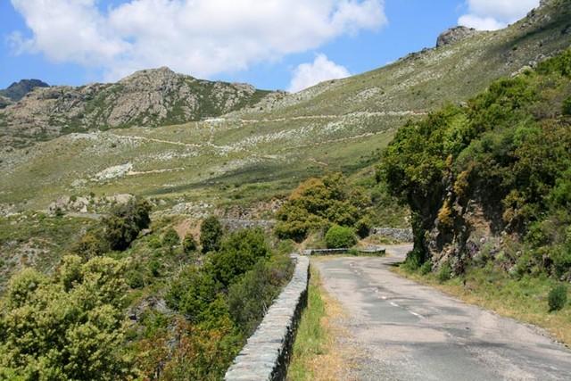 Südauffahrt auf den Col de Birgorno.