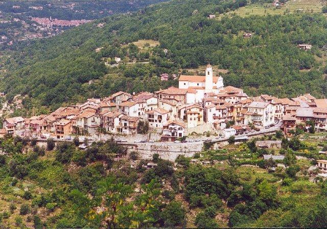 NORDRAMPE - La Bollene Vesubie, ein verträumtes Dorf an der Westauffahrt zum Col de TuriniSommertour 2000
