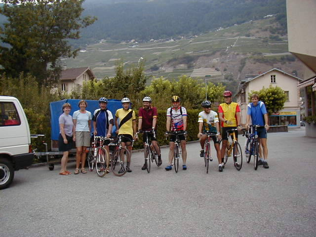 Die Gruppe beim Start in Martigny.