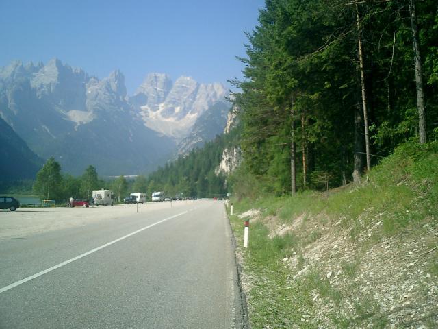 Der Lago di Landro mit dem Monte Cristallo. Hier war die Welt noch in Ordnung, überschaubare Hügel und viel, viel Kraft.Senza Fine 2003Manfred Schneider