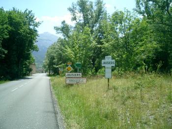 Heute vormittag noch auf dem Gipfel der Tour-Legende Col d'Izoard, dann über Col de Vars nach Jausiers mit dem ersten Blick auf die Cime de la Bonette. Senza Fine 2003Manfred Schneider