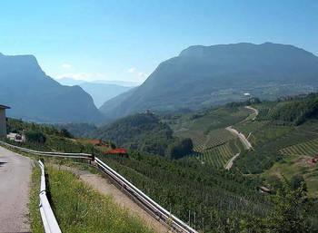 Die Berg- und Talbahn der letzten Etappe vor unseren Augen.