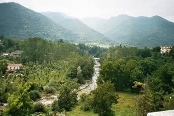 Zur Ostrampe des __[Colle dei Morti|128] fahren wir aus dem Mairatal von Dronero nach Valgrana.