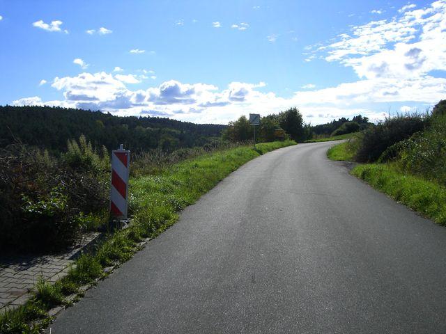 Ostanfahrt von Bruckberg: ...auf's Land.