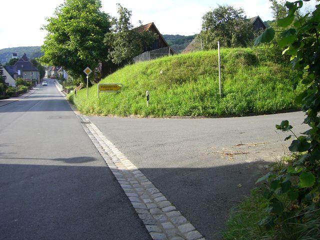 In Wannbach im Trubachtal biegen wir hier rechts ab in Fahrtrichtung Pretzfeld.