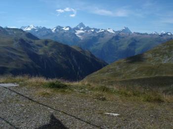 Nufenen, Blick auf das Berner Oberland.