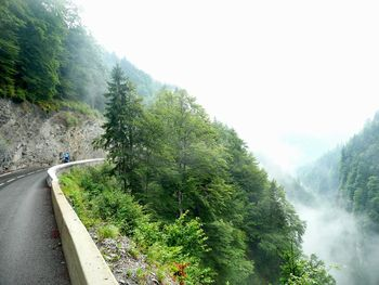 Gorges de l'Arondine: feuchte Morgenschussfahrt nach Flumet