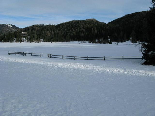 Der Prebersee. Eine Schnee- und Eiswüste im Winter.