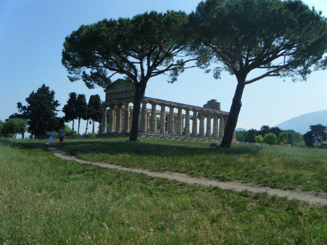 Cilento, Griechischer Tempel in Paestum