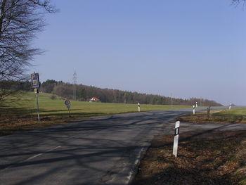 Hochpunkt (rechts liegt der Wanderparkplatz).