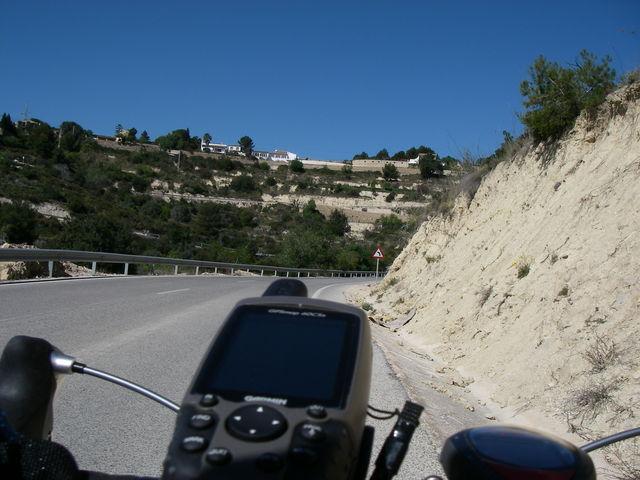 Auffahrt von Fustera Richtung Pedramala.