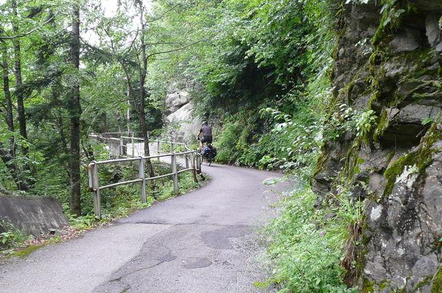 kurz hinter Paularo: Straße zum Passo del Casón di Lanza: