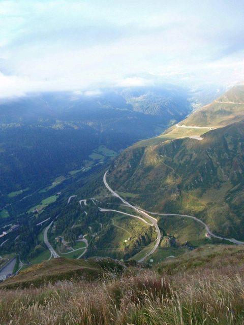 Ausblick auf die Gotthard Strasse.