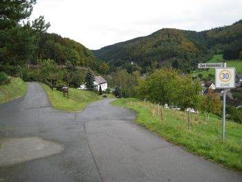 Alertshausen, Zum Katzensturz
