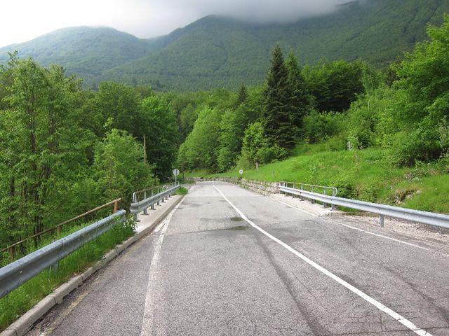 Sedlo Ucja, die letzten Meter der Ostanfahrt vor Erreichen der ehemaligen Grenzstation